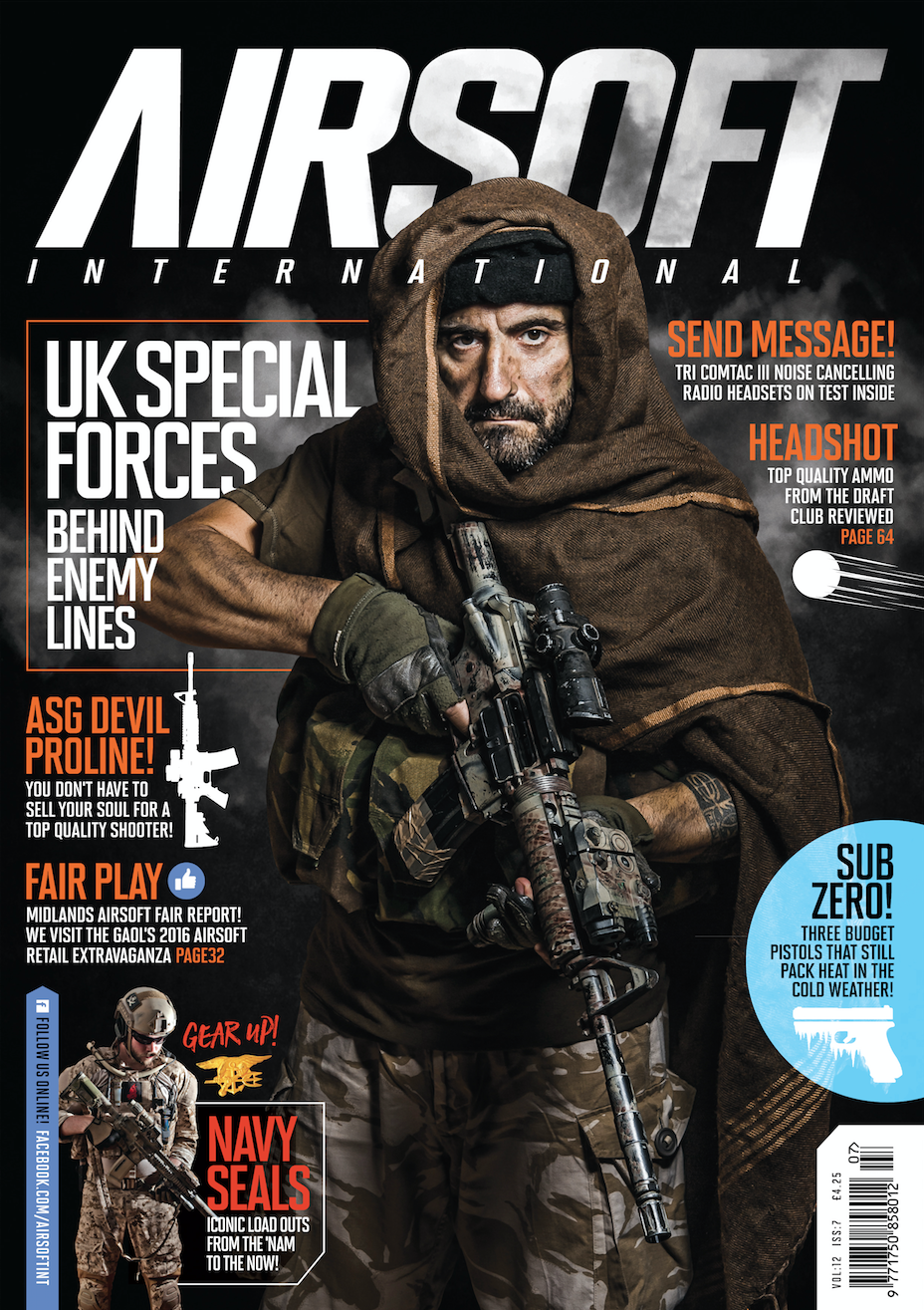 Portada de Black Bulls Ops en la revista inglesa AIRSOFT INTERNATIONAL